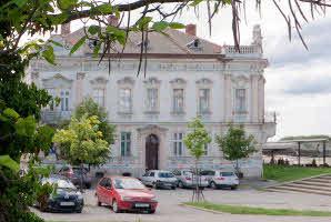 Osijek, Promenda (Kino Urania)