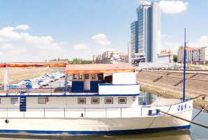Osijek, Promenada (Zimska luka)