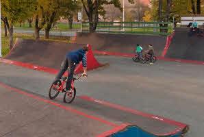 Osijek, Srednjoškolsko igralište (Skate park, 11/2012)